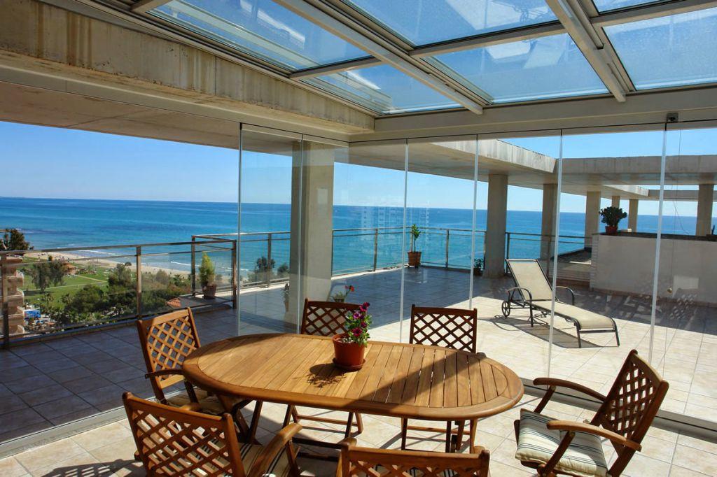 Cerramientos de exterior para terrazas ticos y balcones la cristaler a de madrid - Cerramiento de balcones y terrazas ...